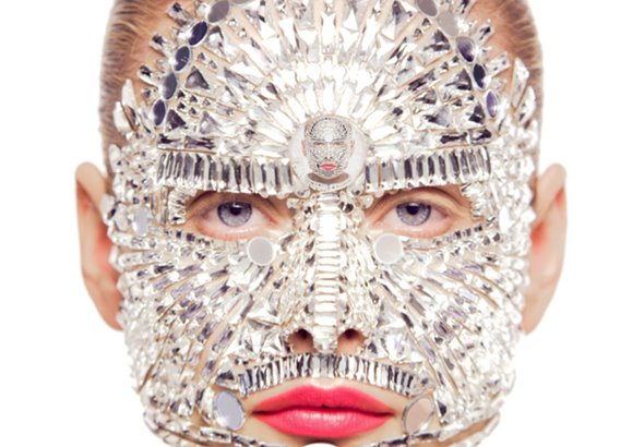 intense-embellishment-makeup