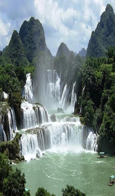 Ban-Gioc-Waterfall-Amazing