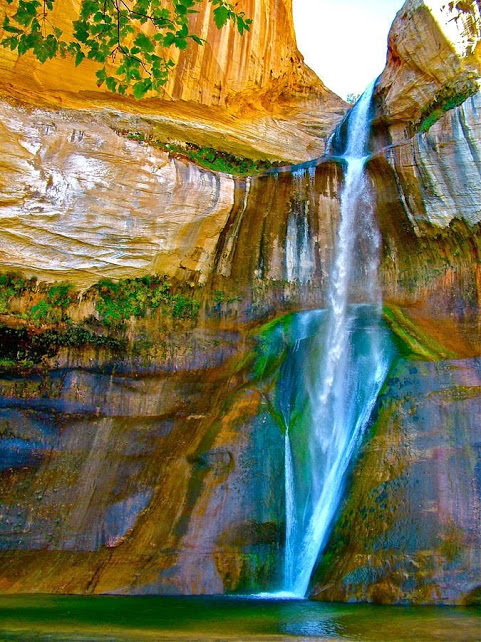 Calf Creek Falls - Grand Staircase - Escalante National Monument - Utah