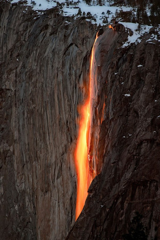 Horsetail-Firefall-Yosemite