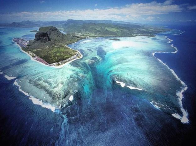 Mauritius-Under-Waterfall