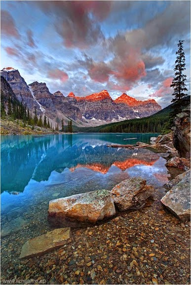 Moraine-Lake-Alberta-Canada-01bello1