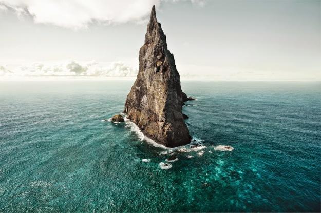 Ball's Pyramid,Australia