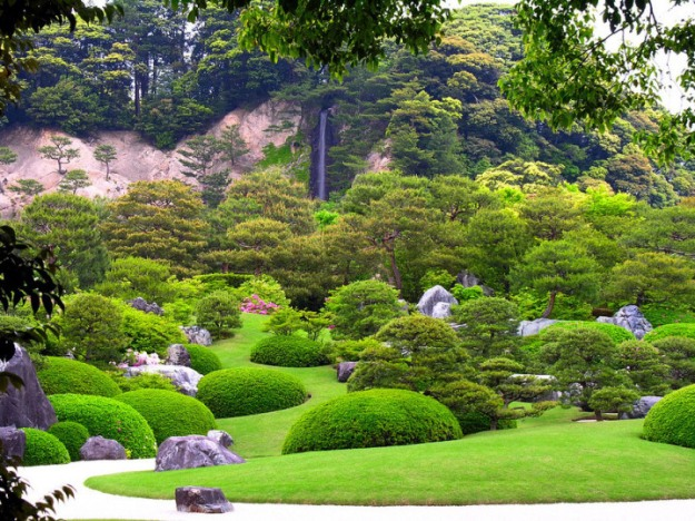Beautiful-gardens-in-Japan-12