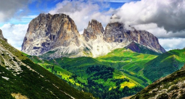 Beauty-of-the-Dolomites-Italy-01