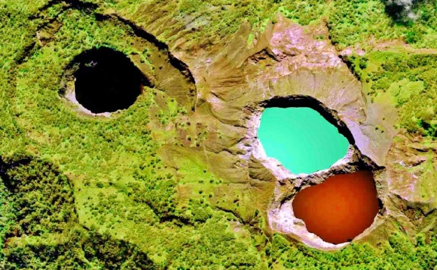 kelimutu-Lakes-Indonesia4