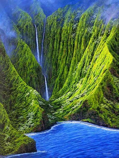 Molokai-Waterfall--634x843