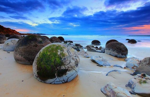 unusual-beaches-wcth15