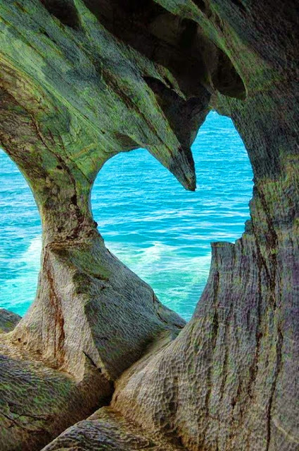 Heart-in-White-Cave-of-Milos-Island-Greece