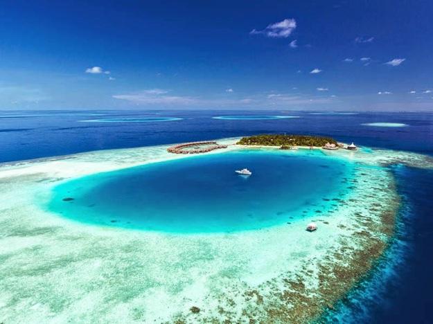 Aerial view, Baros Maldives